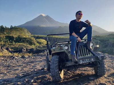 Paket Wisata Jogja Jeep Merapi