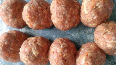 Kotlety pieczone z marchewką