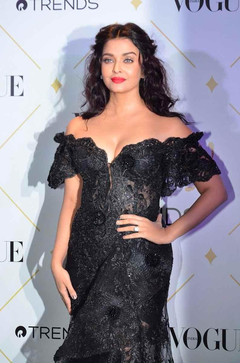 aishwarya rai hot photos at vogue beauty awards 2017%2B%25289%2529