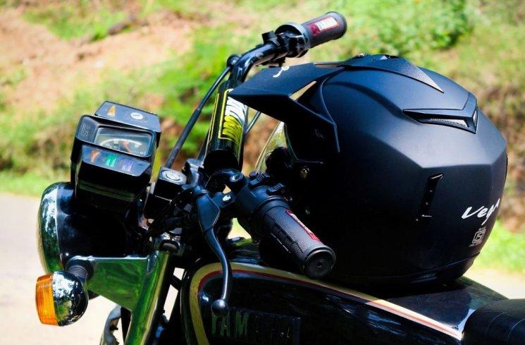 Daftar Harga Helm Sesuai dengan Jenis-jenisnya, Berbeda Motor Berbeda Pula Helm yang Match Dipakai