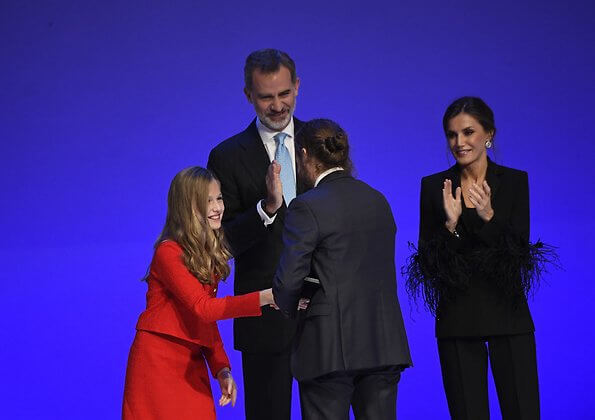 Queen Letizia wore Pertegaz suit, blazer and trousers. Crown Princess Leonor wore and red gold button blazer and skirt, Sofia wore white dress