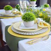 Green Grass & Sunshine Spring Table
