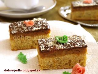 Kukurično-špaldový koláč s jablkami - recepty