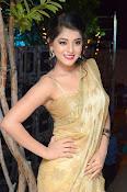 Yamini Bhaskar sizzling in saree-thumbnail-7