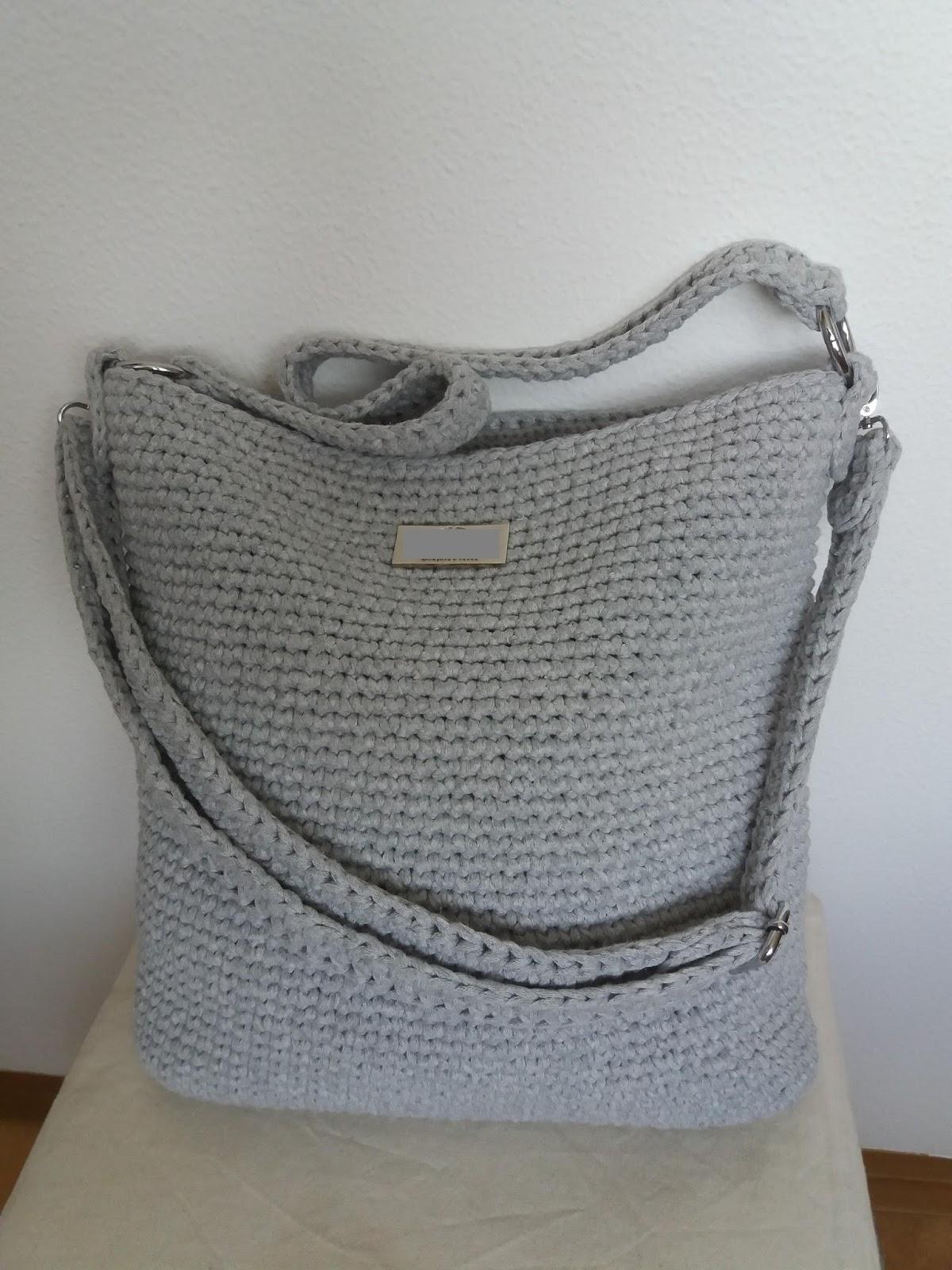 EmmHouse: T-shirt yarn Cross-body bag – Free written pattern