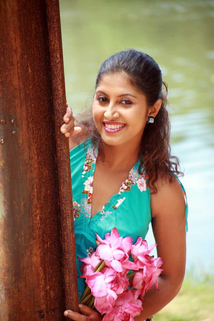 Srilankan drama girl - 3 part 5
