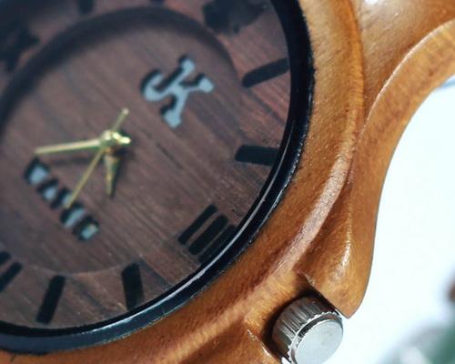 Tinuku.com JK Watch studio show two designs wooden watches handmade Jorda series uses teak wood