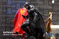 SDCC 2018 Sideshow DC Comics Batman Premium Format Figure 002