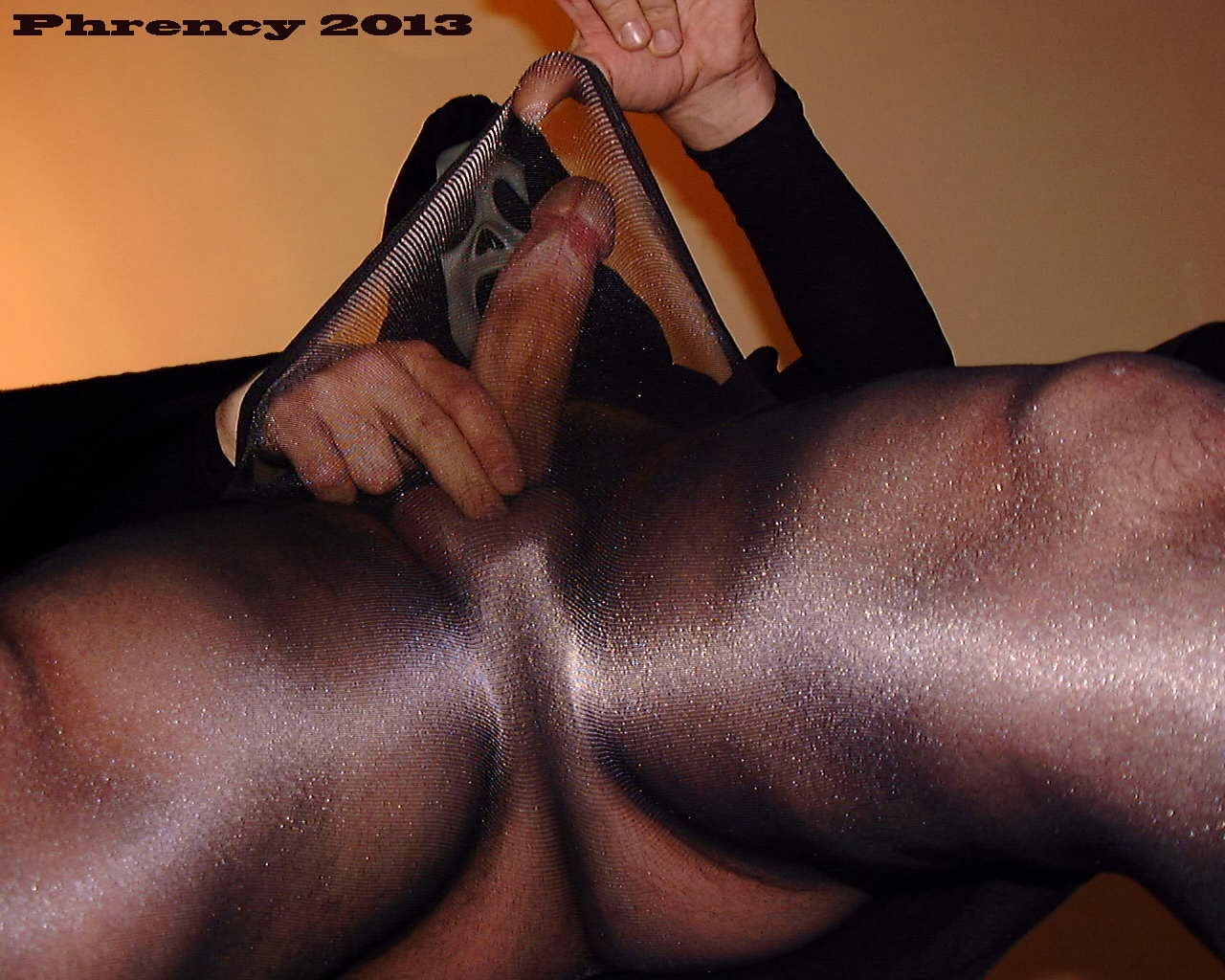 men wearing pantyhose videos