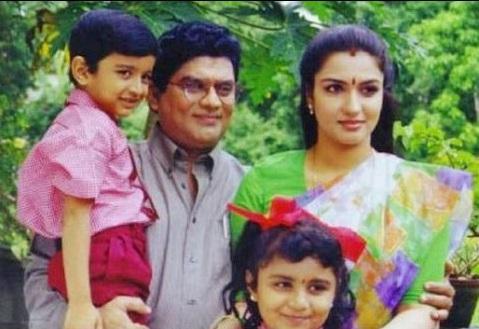 Sukanya - Home Facebook Actress sukanya family photo