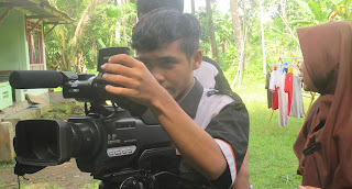 Praktek Lapangan Siswa Multimedia