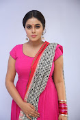 poorna latest sizzling photos-thumbnail-15