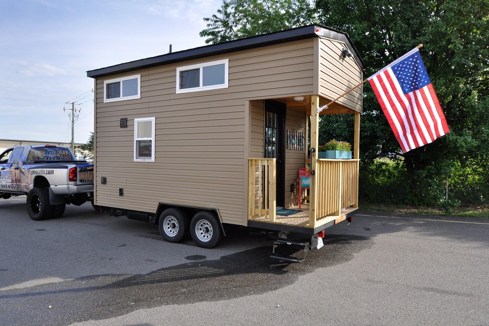 for more information on this tiny home model contact tiny house building company here - Tiny House Building 2