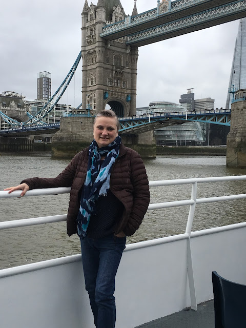 Tower Bridge, Thames River Cruise