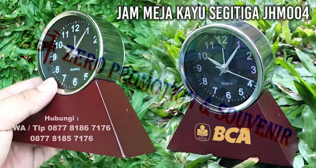 Souvenir Promosi Jam Antik, jam unik, jam meja unik, jam klasik, jam klasik kayu, jam bulat klasik, atau juga sering di sebut jam meja kayu segitiga