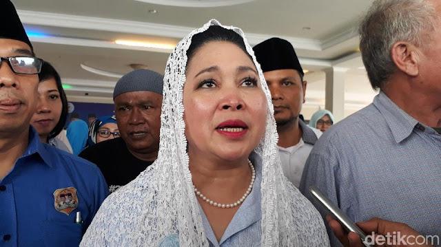 Kritik Jokowi, Titiek: Ibu-ibu Uang Rp 50 Ribu Dapat Apa di Pasar?
