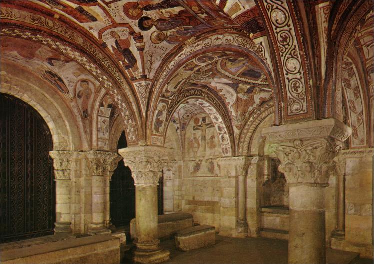 Arte magistral: Frescos del Panteón Real de la Real Basílica Colegiata de San...