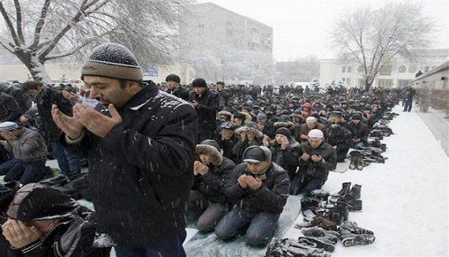 Beginilah Kondisi Ketika Al Qur'an Diajarkan Secara Diam-Diam Di Uni Soviet