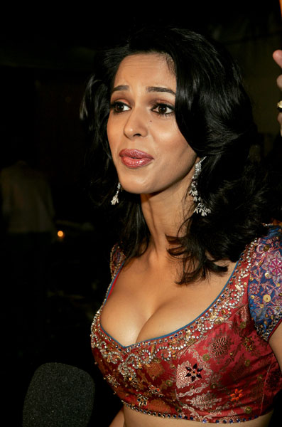 Actresses Photos Bollywood Actress Mallika Sherawat In Open Half