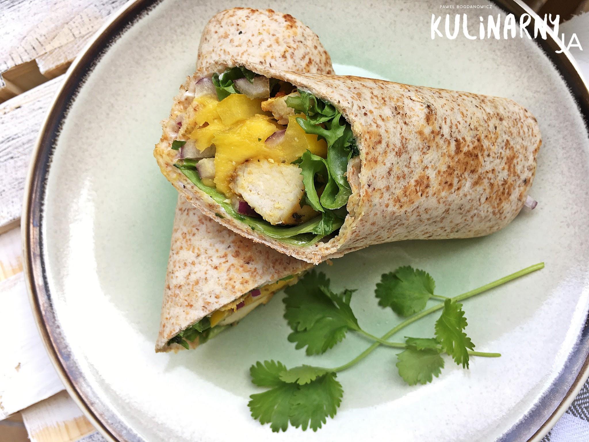 Tortilla pełnoziarnista z kurczakiem i mango