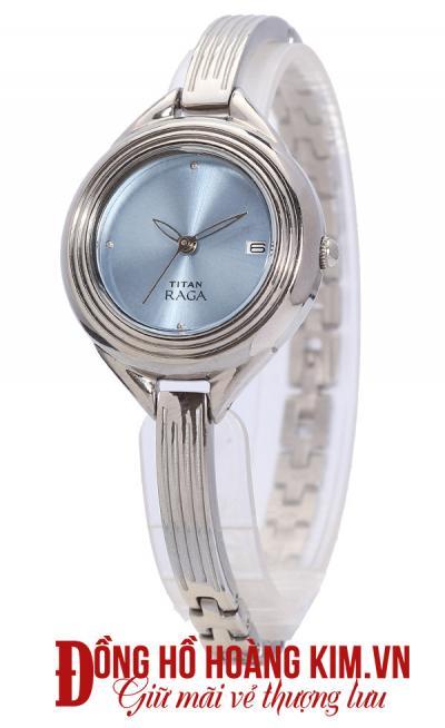bán đồng hồ đeo tay nữ