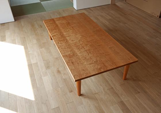 ブラックチェリーの無垢ローテーブル