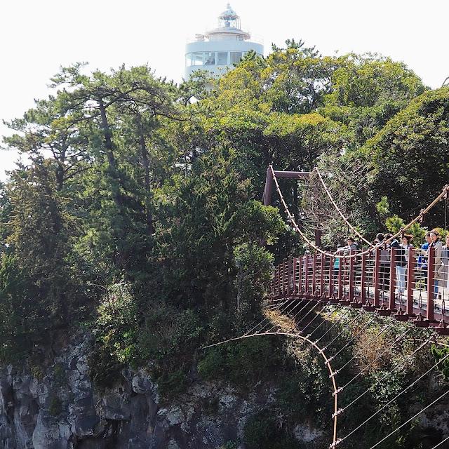 城ヶ島 吊橋 門脇灯台