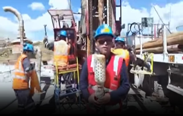 VIDEO YOUTUBE MINEROS VIRAL