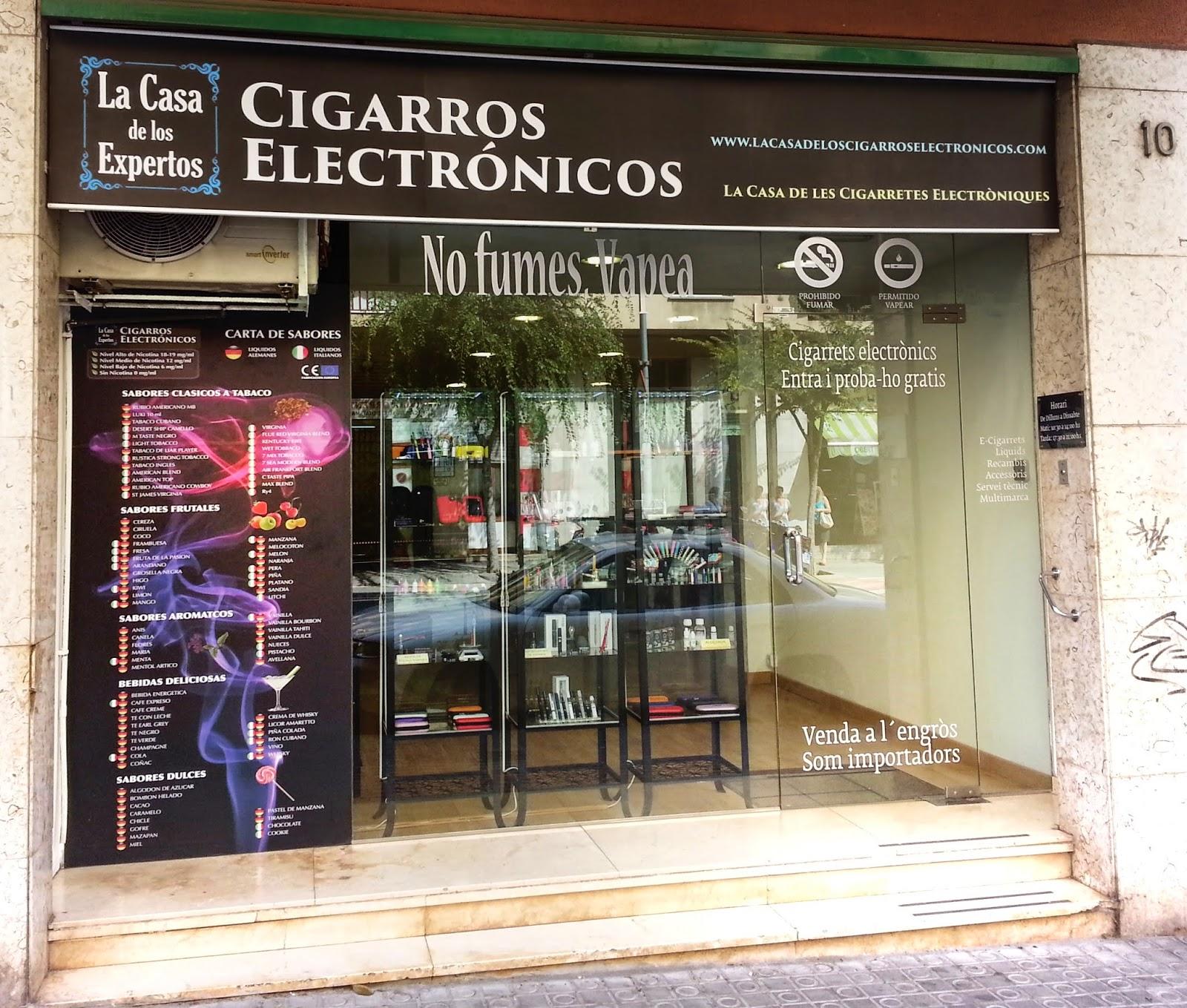 Tienda de Cigarros Electrónicos de Mataro entrada
