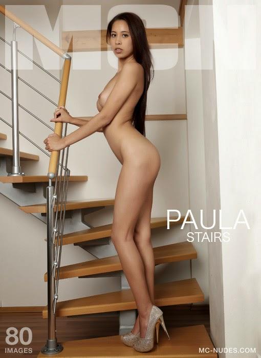 MC-Nudes0-21 Paula - Stairs 09230