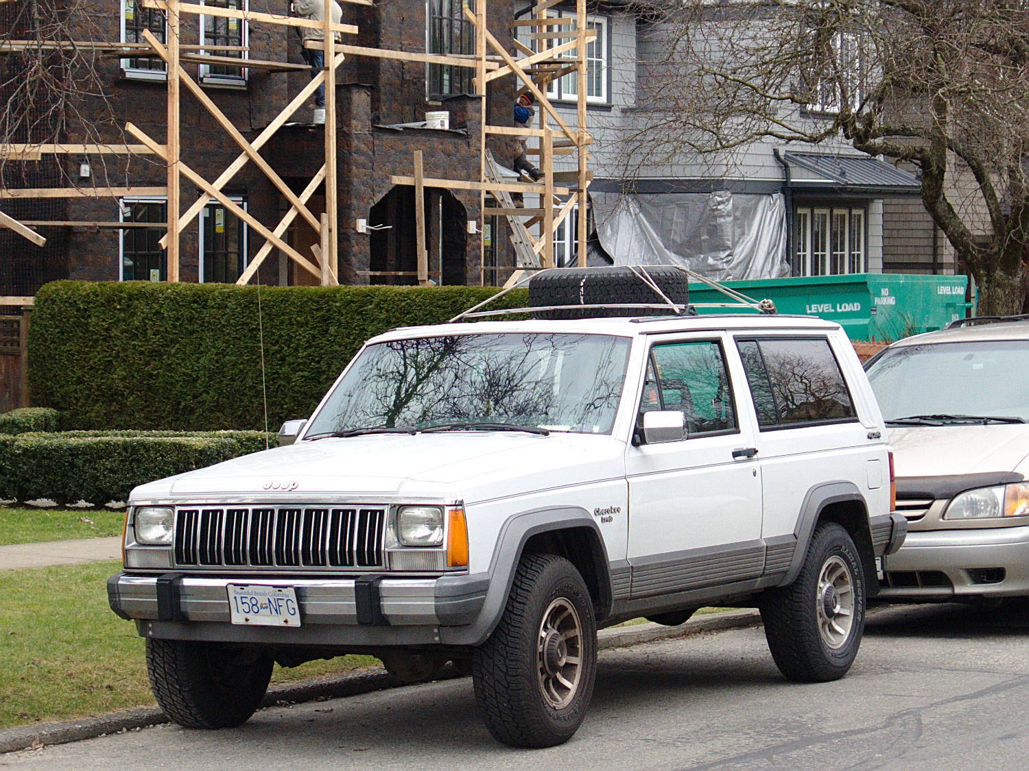 old parked cars vancouver 1990 jeep cherokee 2dr xj. Black Bedroom Furniture Sets. Home Design Ideas