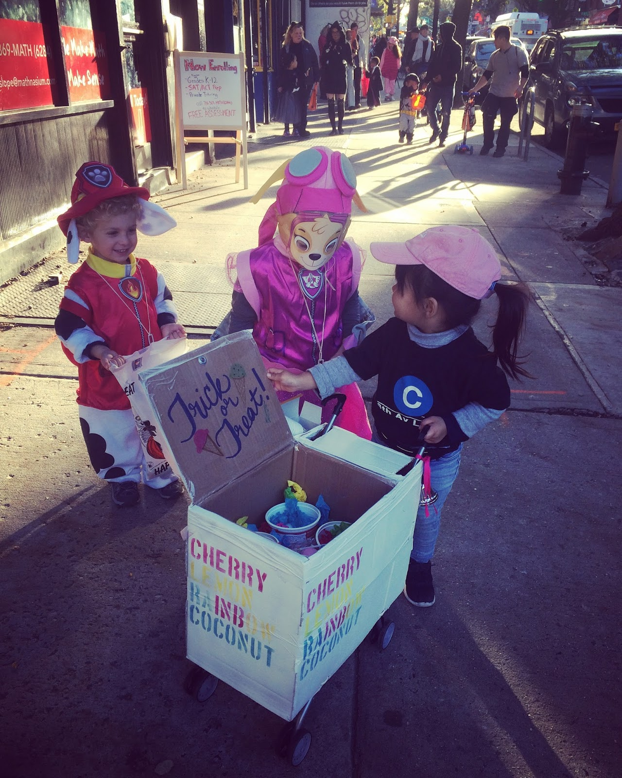 Throwing it back to Halloween 2016 when my daughter dressed up as one of her heroes the neighborhood Icee Lady. People in our Brooklyn neighborhood ... & New York City Family: Go as a Superhero: How to Dress up as the ...