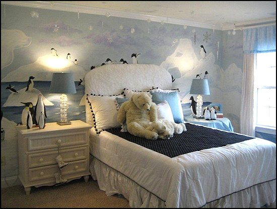 Decorating theme bedrooms maries manor penguin bedrooms for Winter bedroom