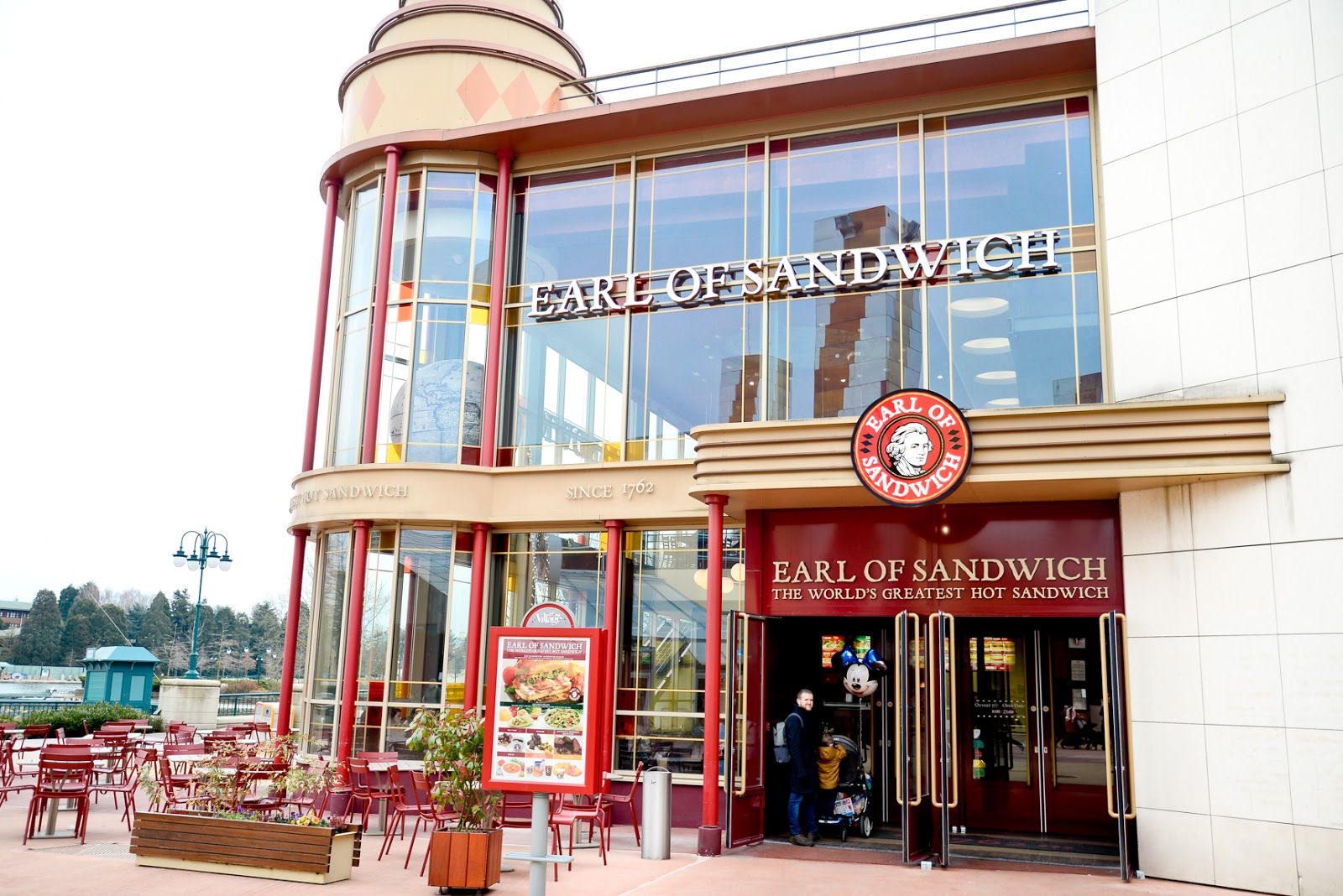 earl of sandwich disneyland paris, where to eat as a vegetarian disneyland paris, vegetarian in disneyland paris,