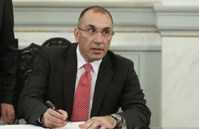 Την παραίτηση Δ. Καμμένου ζήτησε πριν λίγο ο πρόεδρος των ΑΝΕΛ κλείνοντας οριστικά το ζήτημα