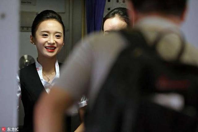 Liu Miaomiao: Pramugari Tercantik di Dunia, Nyesel Deh Kalo Gak Liat Fotonya!