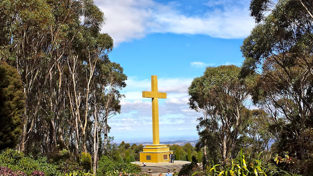 Memorial Cross, Mt Macedon