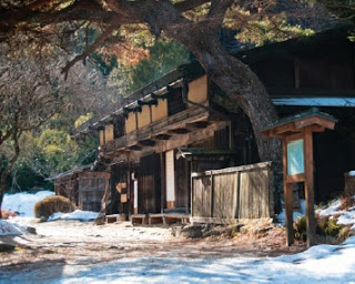 On a winter trek along the Nakasendo Way - JAPAN