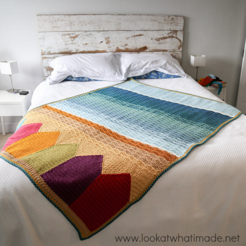 Summer in Swanage crochet blanket by Dedri Uys (Look At What I Made)