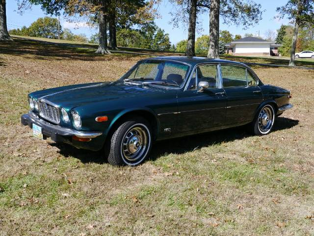 Daily Turismo V8 Conversion 1974 Jaguar Xj12