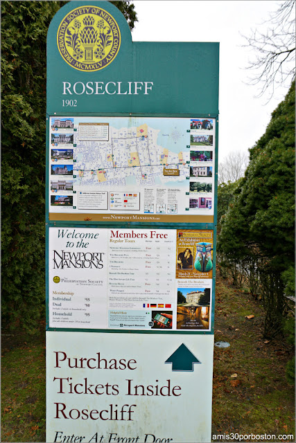Cartel Informativo en el Exterior de la Mansión Rosecliff, Newport