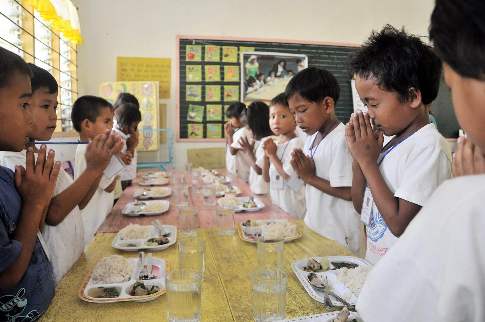 Sarangani Today: Prayer before meal