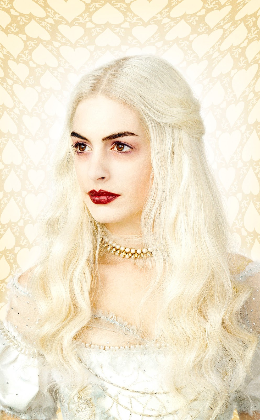 anne hathaway white queen - photo #2