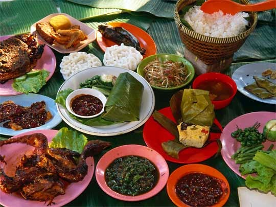 indonesian culture: Traditional Foods and Drinks of Sunda