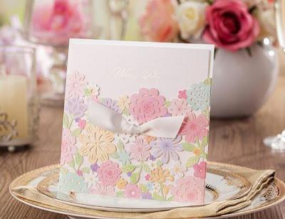 invito fiori colorati
