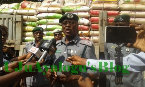Dangote Truck Carrying 600 Bags Of Rice Allegedly Smuggled Into the Country Seized by Customs (Photos)