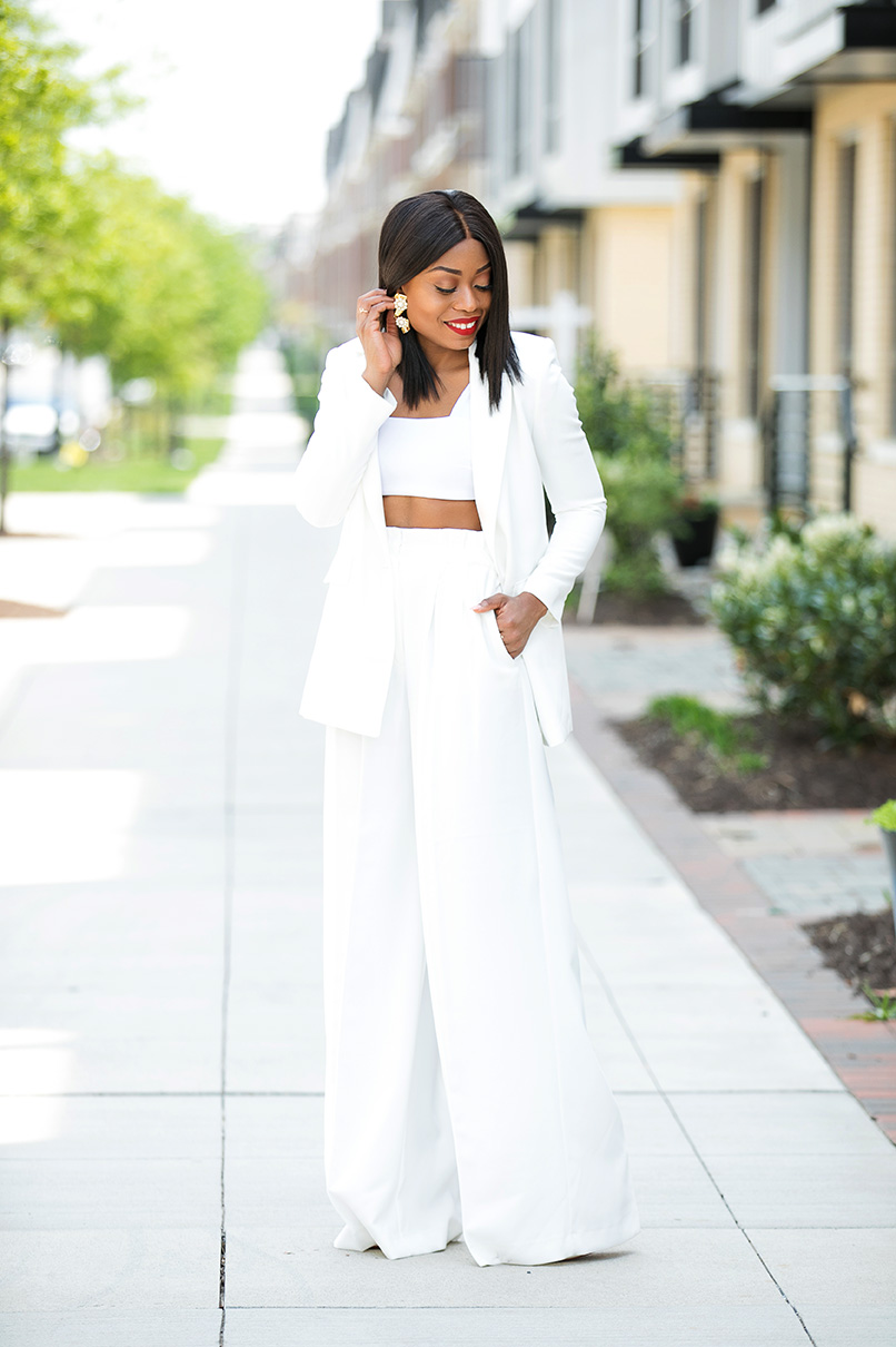 Summer whites and crop top, www.jadore-fashion.com