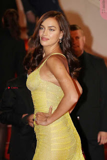Irina+Shayk+Gets+Naughty+Exposing+her+full+boobs+at+the+Premiere+of+Hikari+at+Cannes+008.jpg