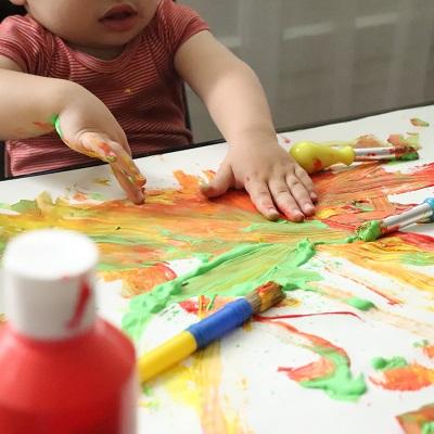 peindre avec les mains