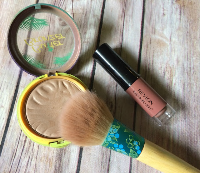 I am sharing some of my recent favorite makeup products that help me achieve a glowing, summer look.